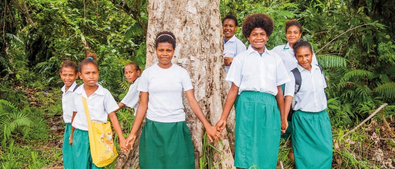 Cool Earth ja Brother tukevat paikallisia yhteisöjä